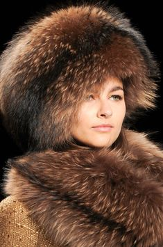 Badgley Mischka Fall 2014 #millinery #judithm #hats