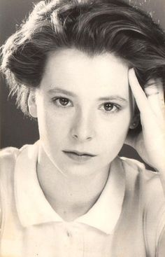 Mylene Farmer in youth Laura Lee, Belle Photo, Madonna, Gq, Farmer, Actresses, Black And White, Celebrities, People