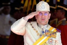 Sultan Muhammad Ke V Memulakan Tugas Sebagai YDP Agong Ke 15