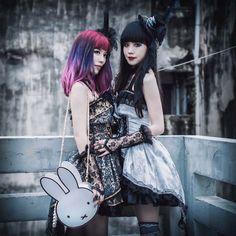 La Carmina and friends did a Chinese gothic lolita fashion shoot in Hong Kong, wearing designer #gothiclolita dresses. More Asia goth fashion model photos at http://www.lacarmina.com/blog/2015/11/buying-hong-kong-pet-food-online-pets-supplies/