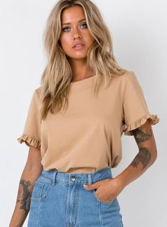 Shop Princess Polly women's online fashion boutique for the latest styles & trends of Tops! Buy now, pay later with Afterpay. Pop Fashion, Fashion Outfits, Plus Zise, Beige Outfit, Look Boho, Beige Top, Basic Tees, Princess Polly, Looks Style