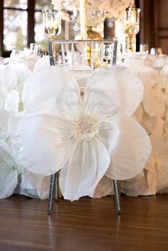 Clear Chiavari Chair with Giant Flower Tie - Jay Studio via CeremonyBlog.com (3)