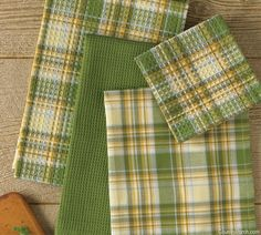 The Country Porch features the Lemongrass Kitchen Dishtowel Gift Set from Park Designs. Tapestry Weaving, Loom Weaving, Hand Weaving, Weaving Patterns, Fabric Patterns, Knitting Patterns, Dish Towels, Tea Towels, Woven Rug