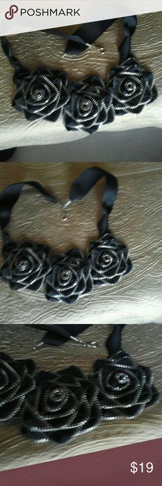 Rose Choker Never used. Jewelry Necklaces