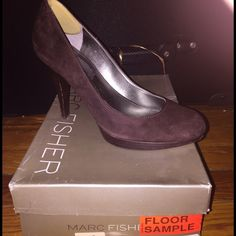Brown pumps Size 6.5 - round toe Brown Pump by Marc Fisher ... Perfect for the office  Marc Fisher Shoes Heels