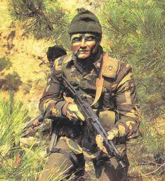 Sniper Training, Italian Army, Modern Warfare, Cold War, Eastern Europe, Weapons, Military, Kit, History