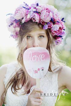 bridelle_style (18) Fashion Books, Wedding Photography, Wedding Ideas, Crown, Bridal, Style, Swag, Corona, Wedding Photos
