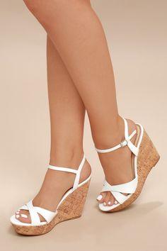 Nixie White Wedge Sandals Source by melaniediodati shoes wedges White Wedge Sandals, White Wedges, Wedge Heels, Wedge Sandals Outfit, Sandal Heels, Heeled Sandals, Wedges Outfit, Cute Shoes, Me Too Shoes
