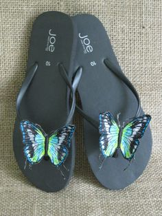 Decorative embroidered Butterfly on clip for Shoes, Purse, Pillow etc