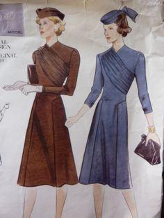 Cartamodello Vogue 2197 per stile vintage 1939 drappeggiato abito misses taglia 12 di TheMollycoddleShop su Etsy https://www.etsy.com/it/listing/164559879/cartamodello-vogue-2197-per-stile