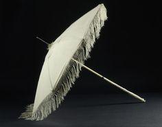 Umbrella of Empress Joséphine, Ivory and silk, Châteaux de Malmaison et Bois-Préau