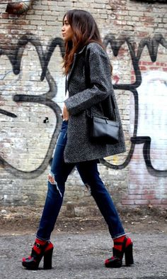 Grey coat, blue denim jeans + red socks with chunky platform shoes- standing out- walking tall- street style- fashion- edgy edit Look Fashion, Fashion Outfits, Womens Fashion, Fashion Trends, Fashion Edgy, Fashion Advice, Fall Fashion, Mode Style, Style Me
