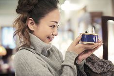 安室奈美恵、オフショット満載のフォトブック『GIFT』発売決定!ライブ映像がDLできるダウンロードカードも – 音楽WEBメディア M-ON! MUSIC(エムオンミュージック)
