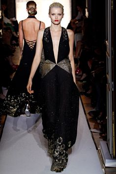 Saint Laurent Spring 2012 Ready-to-Wear Fashion Show - Abbey Lee Kershaw (Next)