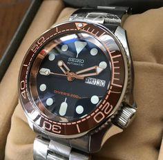 Pho Dong Ho, Chuong Seiko Rolex Watches For Men, Seiko Watches, Seiko Mod, Camera Watch, Seiko Diver, Beautiful Watches, Clocks, Aurora, Gentleman