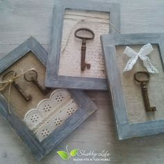 3 Prodigious Tips: Shabby Chic Office Furniture shabby chic house.Shabby Chic Ideas Tin Cans. Old Key Crafts, Skeleton Key Crafts, Old Picture Frames, Old Frames, Diy Crafts Hacks, Diy And Crafts, Doilies Crafts, Shabby Chic Frames, Shabby Chic Wall Art