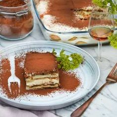 Tiramisu | Köket.se Tiramisu, Pudding, Desserts, Food, Mascarpone, Tailgate Desserts, Puddings, Dessert, Postres