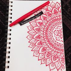 The inner part is pretty dibujos con mandalas, mandalas lindas, mandalas arte, manos Mandala Doodle, Doodle Art, Half Mandala Tattoo, Mandalas Painting, Mandalas Drawing, Mandala Design, Art Sketches, Art Drawings, Doodle Inspiration
