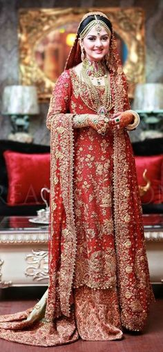 Pakistani Bridal Lehenga in red color Pakistani Bridal Dresses Online, Pakistani Bridal Lehenga, Pakistani Couture, Indian Dresses, Walima, Maxi Outfits, Bridal Outfits, Saris, Braut Shirts