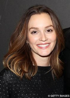 From the coolest chestnut to the deepest brown hair color shades, these celebrities show how to unleash your inner brunette bombshell. Babylights Morena, Babylights Brunette, Leighton Meester, Celebrities With Brown Hair, Brown Hair Color Shades, Brown Hair Colors, Deep Brown Hair, Dark Brown, Hair Beauty