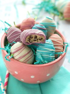 Celebrate Easter with these recipes and decorating ideas for festive bunny cakes, fruity desserts, and other yummy treats.