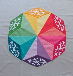 Geta's Quilting Studio: Winter Quilt; made with Kona cotton.