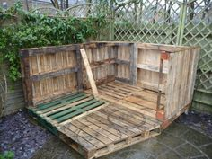 Amazing Pallet Summer Cottage Sheds Cabins & Playhouses Pallet Walls, Pallet House, Pallet Furniture, Outdoor Furniture Sets, Pallet Barn, Pallet Patio, Pipe Furniture, Industrial Furniture, Pallet Playhouse