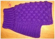 easy crochet dog sweater tutorial - Crochet and Knit Crochet Dog Sweater Free Pattern, Crochet Dog Patterns, Knit Dog Sweater, Sweater Knitting Patterns, Pdf Patterns, Crochet Ideas, Puff Stitch Crochet, Easy Crochet, Free Crochet