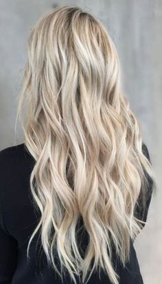 Icy blonde baby balayage highlights long blonde hair curls i Curled Blonde Hair, Balayage Hair Blonde, Icy Blonde, Long Blond Hair, Baby Blonde Hair, Hair Color Highlights, Balayage Highlights, Balayage Color, Ombre Color