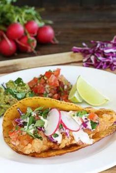 We can't wait to try these authentic fish tacos w/Llme and herb mayo from the @hopelesshwife  #delish