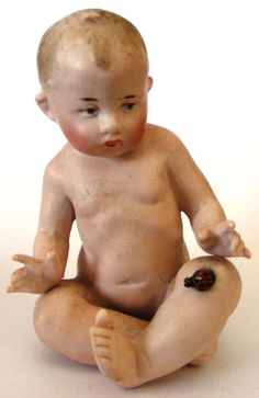 Gebruder Heubach Nude Piano Baby with a Ladybug Antique Dolls, Vintage Dolls, Childrens Dolls, Piano Stool, Half Dolls, Bisque Doll, Doll Accessories, I Fall In Love, Stuffed Animals