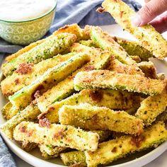 Zucchini Fries – Lemon Tree Dwelling Veggie Recipes, Appetizer Recipes, Dinner Recipes, Cooking Recipes, Healthy Recipes, Healthy Dinners, Dessert Recipes, Appetizers, Zucchini Pommes