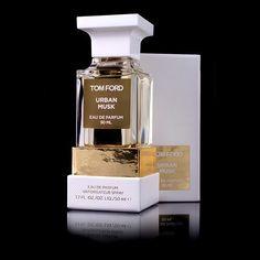 Tom Ford Perfume, Kim K Style, Jenner Sisters, Kendall And Kylie Jenner, Kardashian Kollection, Body Lotion, Perfume Bottles, Bandage Dresses, Urban