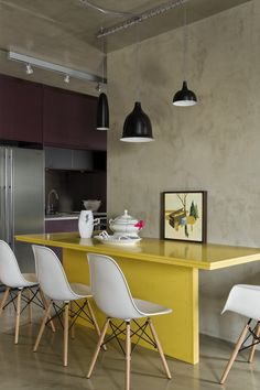 Loft Vila Leopoldina by Diego Revollo 07 Kitchen, ideas, diy, house, indoor, organization, home, design, cook, shelving, backsplash, oven, desk, decorating, bar, storage, table, interior, modern, life hack.