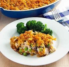 Vintage Tuna Noodle Casserole: This 1950s-inspired recipe is just like Grandma used to make!