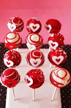 Top 10 DIY Valentine Cake Pops You Must Know on 2014 Valentine's Day | Food DIY Ideas on 2014 valentine's day, diy cake pops