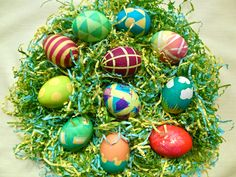 Creative Easter Egg Dyeing