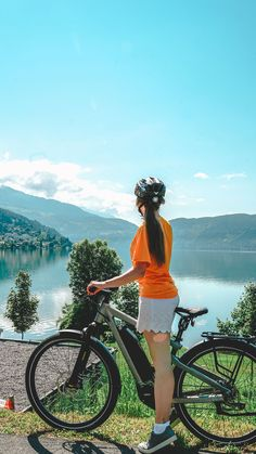 Radtour um den Millstätter See E-Motions Event in Millstatt auf VANILLAHOLICA.com . Das erste E Bike Fahrrad Festival in Kärnten, Österreich fand 2018 statt. Welche Aussteller da waren, welche Tagestrips mit dem Rad, und Fahrradurlaube du in Kärnten machen kannst erfährst du hier. Wie wäre es mit einem Weekendgetaway in Österreich, oder einem Tagesausflug an den See ? Hier findest du mehr Reise Infos und Tipps. #austria #daytrip #roadtrip Roadtrip, Austria, Lakes, Backpacking, Travel Inspiration, German, Happiness, Latin America, Day Trips