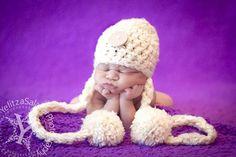 Cream Newborn Button Pom Hat | Beautiful Photo Props