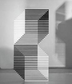 -Collection noir et blanc - Francisco Sobrino -Date non renseignée -Paris, France Geometric Artists, Abstract Geometric Art, Op Art, Abstract Sculpture, Sculpture Art, Art Actuel, Vitrine Design, Art Through The Ages, Geometric Fashion