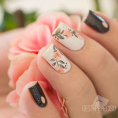 Gesto Preciso in 2020 Wow Nails, Pink Nails, Cute Nails, Girls Nails, Flower Nail Art, Beautiful Nail Designs, Square Nails, Perfect Nails, Trendy Nails