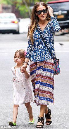 Sarah Jessica Parker picks up twins after father Matthew Broderick ...