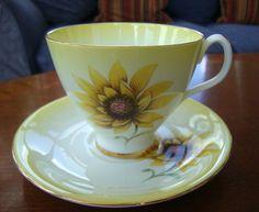 A Beautiful Bone China Royal Albert Yellow Sunflower Tea Cup Saucer