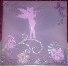 Peinture acrylique sur toile 40/40 pour petite fille réalisée sur commande avec le prénom de l'enfant.  Ces toiles sont composées avec différentes matières : peinture acryli - 9129471