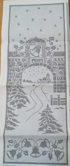 Graph Crochet, Filet Crochet Charts, Crochet Motif, Crochet Doilies, Crochet Christmas Decorations, Crochet Ornaments, Christmas Crochet Patterns, Crochet Carpet, Crochet Curtains