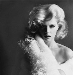 Virna Lisi — 1960s Leombruno-bodi, Portrait of Virna Lisi, 1965 Full serie