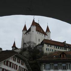 Thun Bahnhofplatz – Castel   #thun #bahnhofplatz #castel #schweiz #switzerland Switzerland, Cathedral, Building, Old Town, Buildings, Cathedrals, Construction