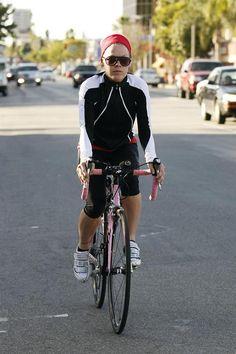 P!nk. Ridein. Her. Bike. Exercising ;-$