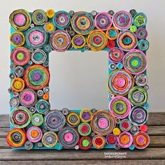 10 DIY Rolled Paper Crafts From Recycled Magazines Recycled Magazine Crafts, Recycled Paper Crafts, Recycled Magazines, Newspaper Crafts, Recycled Crafts, Diy Craft Projects, Crafts For Kids, Diy Crafts, Frame Crafts
