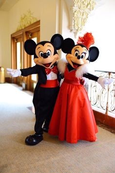 Lovely Mickey & Minnie Mouse